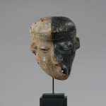 hck-1207-06_mbango-pende-sickness-mask_f_
